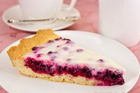 Пирог с брусникой — самый вкусный и простой рецепт с фото