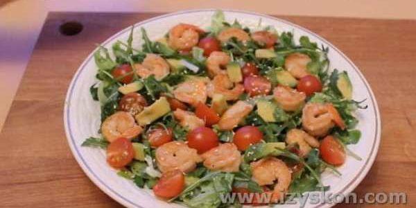 Салат с авокадо | 5 простых и вкусных рецептов