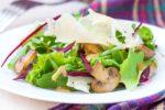 Салат с жареными и маринованными лисичками. 2 вкусных рецепта