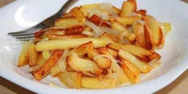 Как пожарить картошку | 7 вкусных домашних рецептов